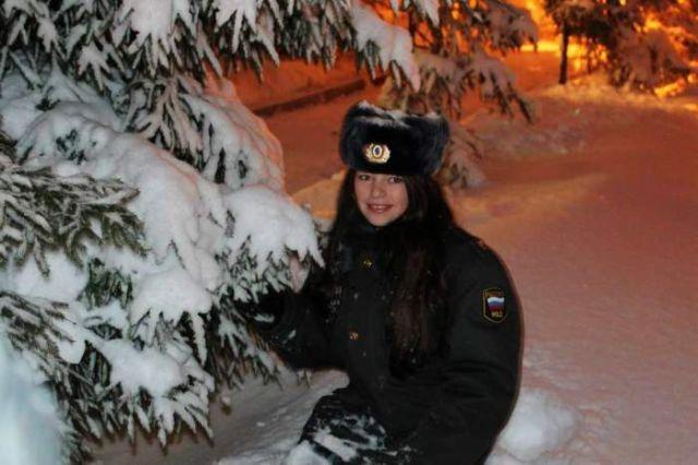 ロシアの可愛い警官2