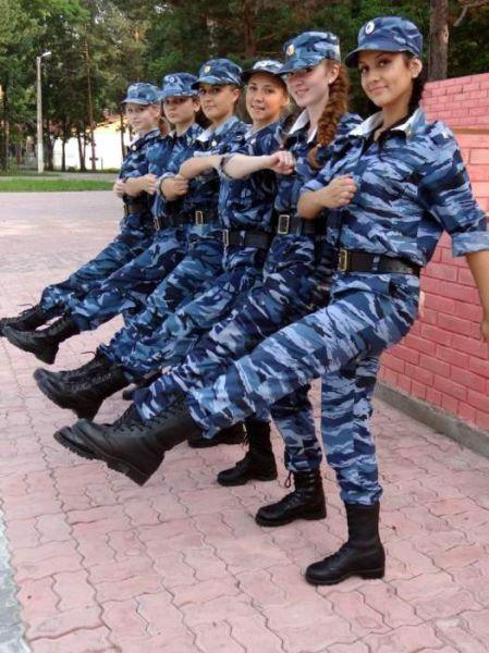 ロシアの可愛い警官13