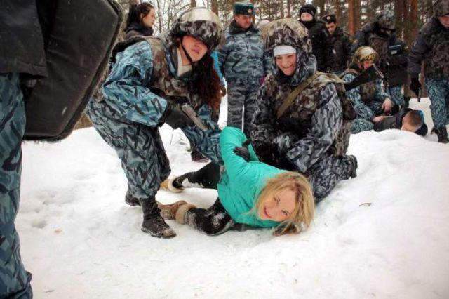 ロシアの可愛い警官3
