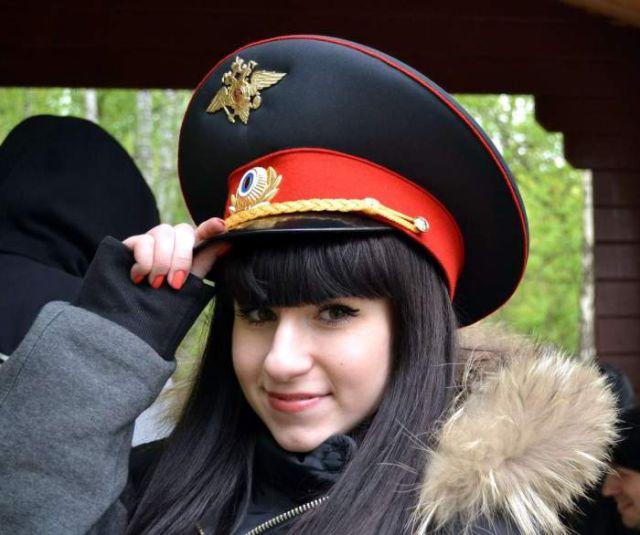 ロシアの可愛い警官
