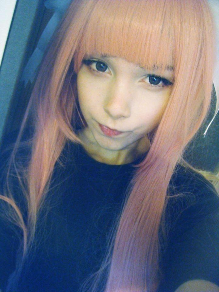ピンク髪のKatya Lischina 5