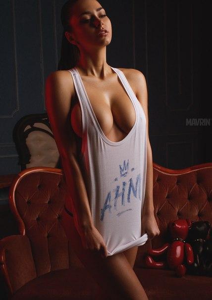 ロシア人ヌードモデル ヘルガ・ラブケティ Helga Lovekaty 34