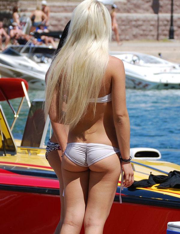 熱い夏のビーチで美女と出会って遊ぶ、海遊び 7