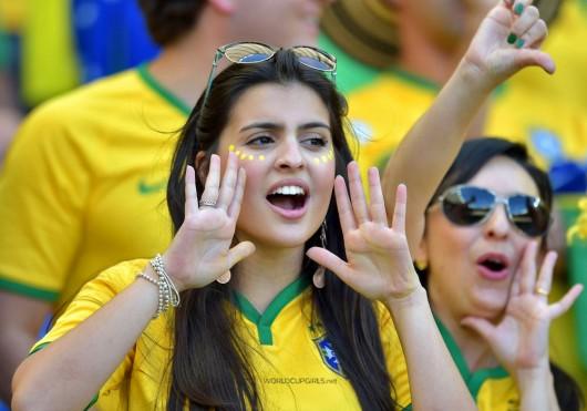 ブラジル美女 - ワールドカップ - サッカーサポーター 4