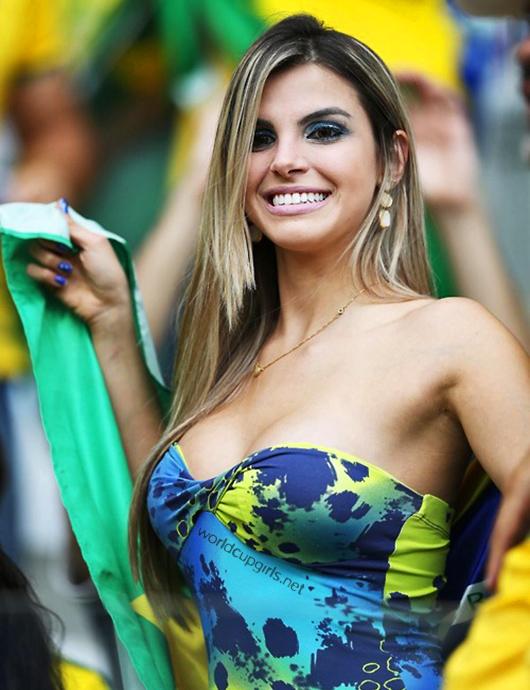 ブラジル美女 - ワールドカップ - サッカーサポーター 1