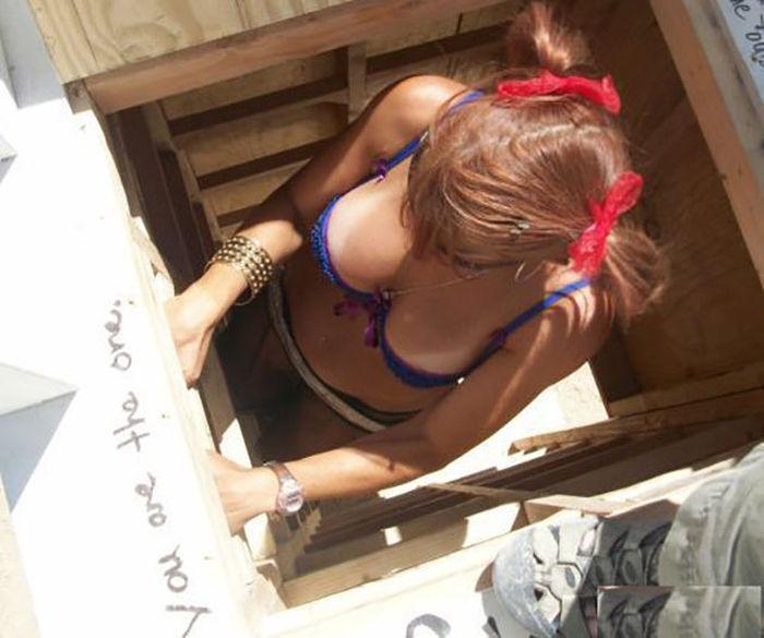 水着やビキニの日焼け跡が残る白人美女、ギャルの画像 13