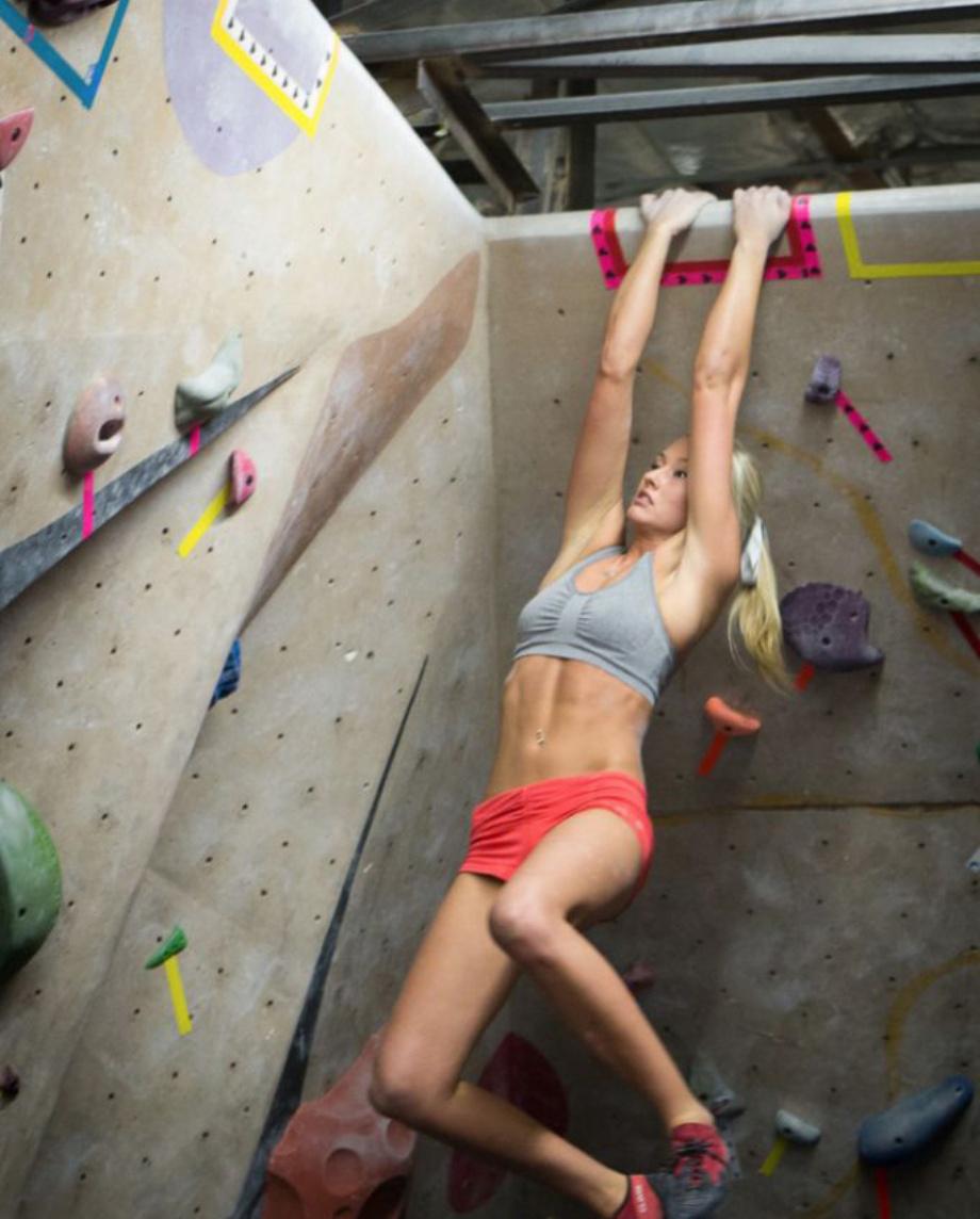 登山を楽しめる、ゲーム性のある魅力的なスポーツ