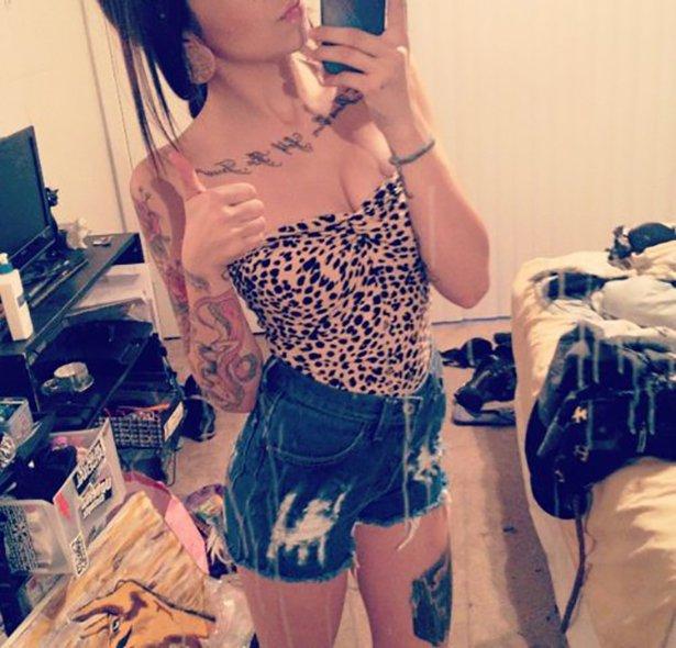 タトゥー入れてる外国人の女の子画像 19