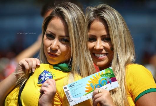 ブラジル美女 - ワールドカップ - サッカーサポーター 3