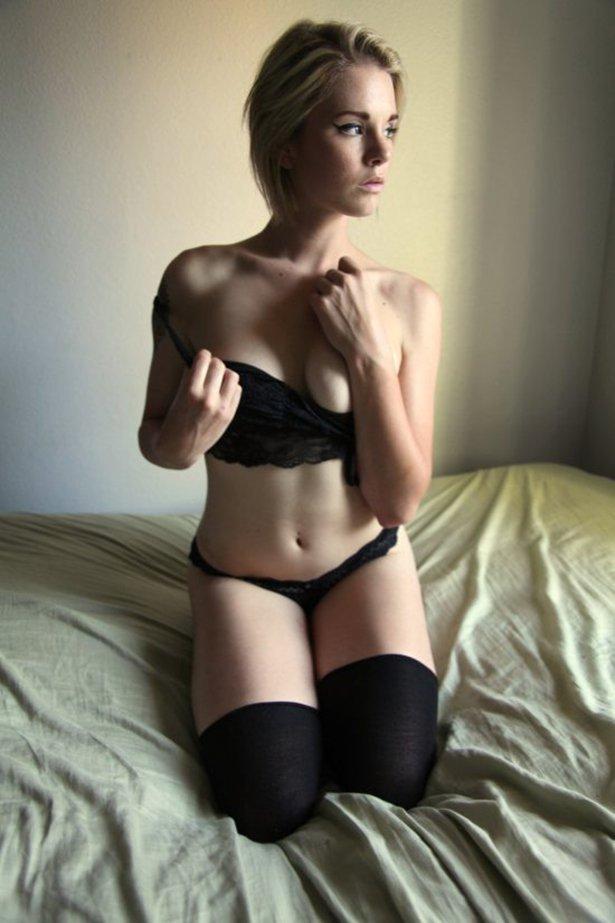 セクシーなランジェリー白人美女、下着姿の美人 50