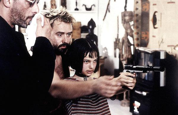 銃を構えるマチルダ