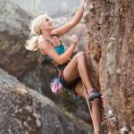 海外の登山美女!ロッククライミングとボルダリングの魅力