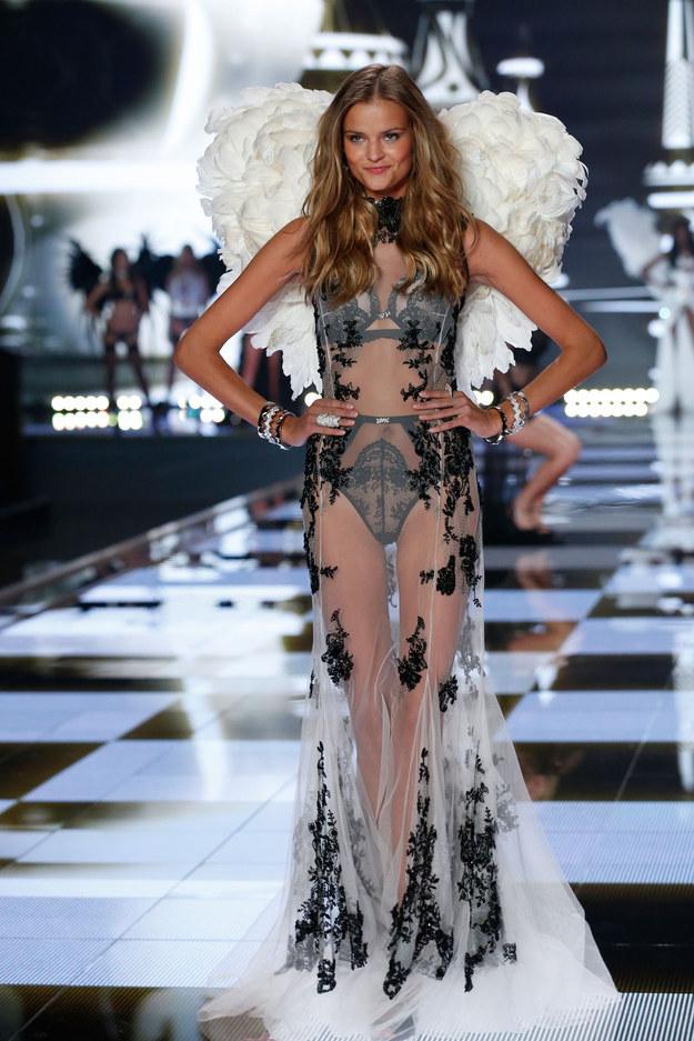 Victoria's Secret Angels 2