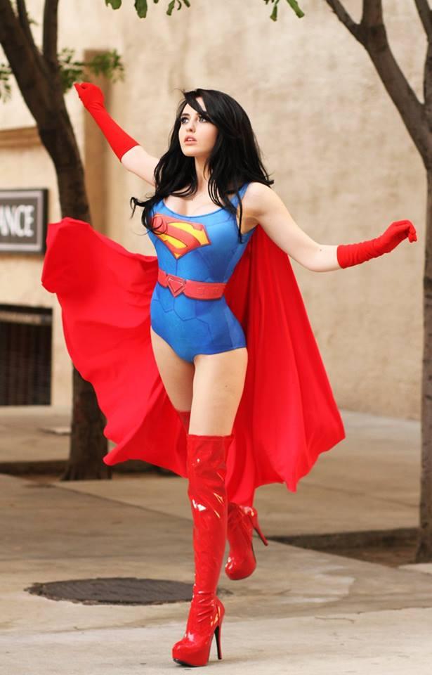 巨乳スーパーマン美女セクシーコスプレ 5