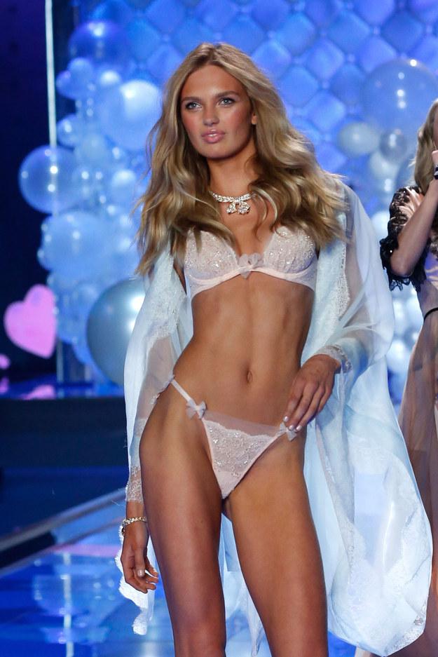 Victoria's Secret Angels 8