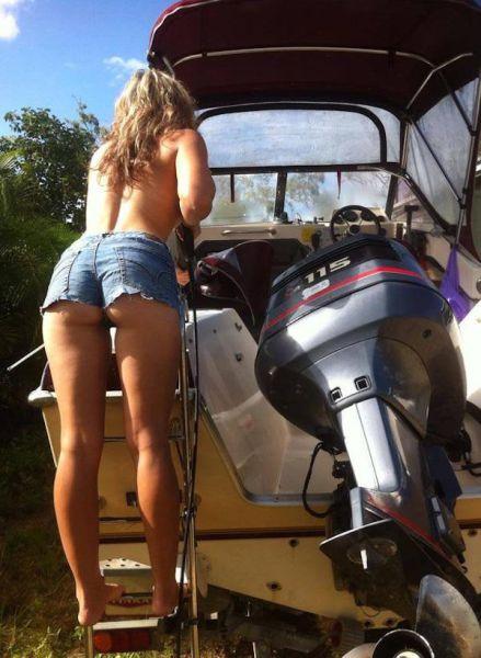 釣りが大好きな釣り女子。アウトドア美人 12