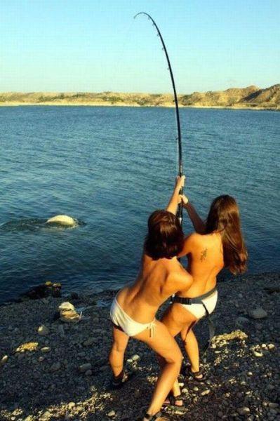 釣りが大好きな釣り女子。アウトドア美人 31