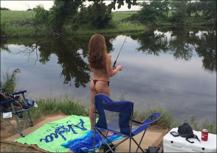 釣りが大好きな釣り女子。アウトドア美人 19
