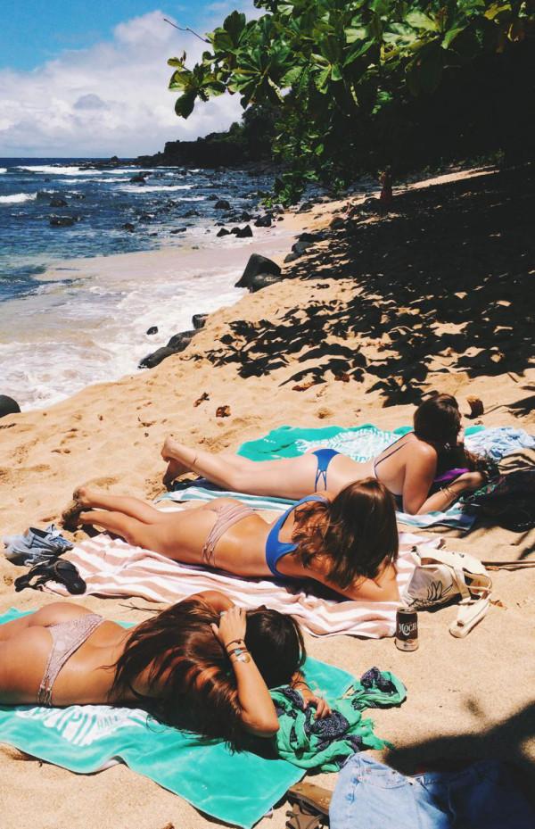 夏だ海だ!ピチピチな外人ビーチギャルのセクシー画像 (33)